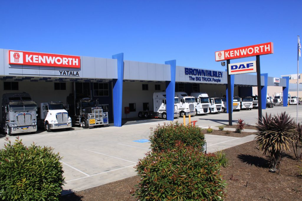 PACCAR DEALER OF THE MONTH – BROWN AND HURLEY KENWORTH DAF YATALA – AUGUST  2016 da549b5b9f8